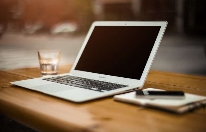 7 tips om geld te besparen op tv en internet rekeningen